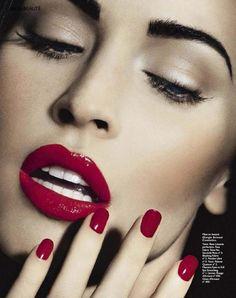 Megan Fox matching red lips and nail polish