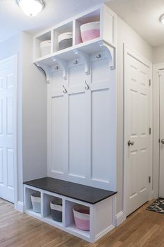 DIY Mudroom - Album on Imgur Wall Bench, Foyer Bench, Entryway, Hall Tree Bench, Hall Trees, Crystal Shelves, Woodworking Store, Woodworking Plans, Hamptons Style Homes