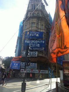 """Do blog de Maíra Vasconcelos Empresário Mauricio Macri é o novo presidente da Argentina  """"Se siente, se siente, Mauricio presidente"""", assim cantavam e festejavam no Obelisco, ontem, por volta d"""