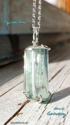 Boho Jewelry, Jewelry Gifts, Fashion Jewelry, Jewelry Design, Jewellery, Unique Jewelry, Aquamarine Necklace, Aquamarine Pendant, Aquamarine Stone