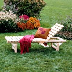 Cedar Log Chaise Lounge Chair