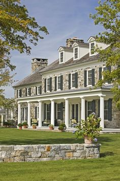 Beautiful House of the Week - in Duchess County, New York - Gil Schaefer, Architect, via Design Darling, Mackenzie Horan. home Style At Home, Stone Houses, House Goals, Home Fashion, My Dream Home, Exterior Design, Stone Exterior, Stone Facade, Stone Columns