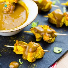 We were asked to come up with a buffet version of our 1 Syn Chicken Satay recipe, by someone in our Facebook Group and here it is!Half Syn Chicken Satay Skewers. Traditional Chicken Satay is a bit of a problem if you're following a diet plan like Slimming World or Weight Watchers. It usually contains…