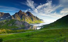 Himmeltindan near Mærvoll, Vestvågøy Island, Lofoten Islands, Norway