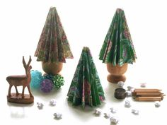 freshly found: Cotton Print Trees  - Great tutorial for making these mini trees with fabric and paper.