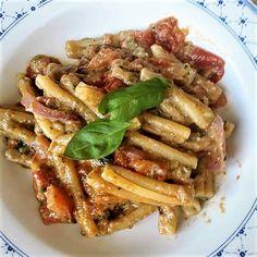 Pesto, Prosciutto, Ravioli, Gnocchi, Buffet, Delish, Bacon, Food Porn, Breakfast