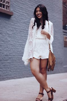 A flowy lace romper is the perfect outfit for a stroll around the city. Styled by Kelsey: http://www.runawayinla.com/2016/04/city-of-angels.html