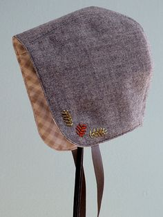 Love these little bonnets... now, what so of occasion would I wear a bonnet to?