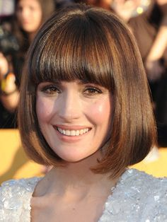 Rose Byrne Hairstyles - January 29, 2012 - DailyMakeover.com