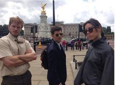 """London? Whatevs. That's how we roll. Parks and Rec. We out. #ParksandRec"" -Ken Tremendous, Parks and Rec in London Parks And Rec Cast, Parks And Rec Memes, Parks And Recreation, Movies Showing, Movies And Tv Shows, Parcs And Rec, Aubrey Plaza, Lol, Celebs"
