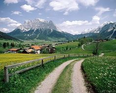 alpes/austria I would move there in a heartbeat! Beautiful World, Beautiful Places, Beautiful Scenery, Beautiful Sites, Amazing Places, Places To Travel, Places To See, Austrian Village, Travel Around The World