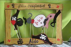 Marco para fotos de Jacke y los piratas Costa Rica fiestas Originalescr.com