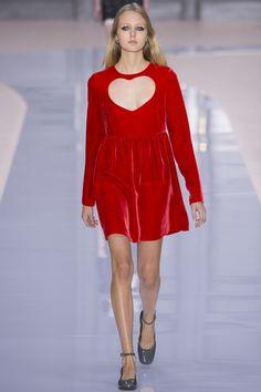 Chloé Fall 2017 Ready-to-Wear Fashion Show