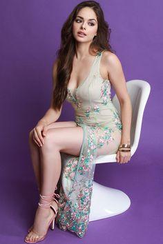 Sheer Mesh Floral Embroidery Maxi Dress - Avenue of Angels Beautiful Girl Image, Beautiful Models, Gorgeous Women, Beautiful Eyes, Beautiful Dresses, Beauty Full Girl, Hot Brunette, Hot Dress, Sexy Hot Girls