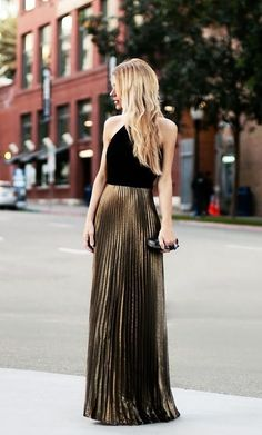 Dress - Laundry By Shelli Segal, Knuckle Clutch - Alexander McQueen (image: thenativefox)