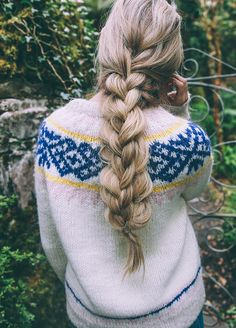 Take a peek at our textured double braid tutorial from Amber Fillerup of Barefoot Blonde
