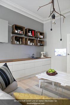 k chenregal aus weinkisten. Black Bedroom Furniture Sets. Home Design Ideas