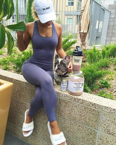 I have body goals & maintaining to do so no matter how busy I am whether I'm taking care of my dog son, working, running errands, auditions, working out I make sure to take my #proteinworld slender blend shake & multivitamins! #weightlosscollection @proteinworld 🌍 www.proteinworld.com #GoalDigger ✨Bodysuit from @riotbymonti #jenafrumes