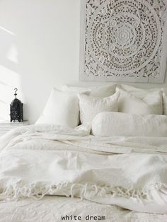 white, moroccan bedroom | bedroom design inspiration bycocoon.com | interior design | villa design | hotel design | bathroom design | kitchen design | design products | renovations | Dutch Designer Brand COCOON