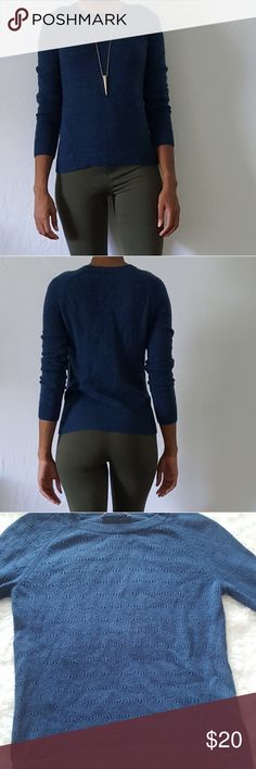 Loft Ann Taylor Light Sweater Ann Taylor Loft lightweight sweater Ann Taylor Sweaters