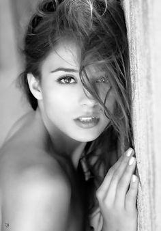 B/W Head Shots Beauty Faces Portrait