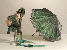 Bonnet and Parasol    c.1860's  -  Musée Galliera de la Mode de la Ville de Paris