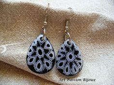 White lace in eco-resin* earrings, back painted with black nail polish, handmade. Made with love!