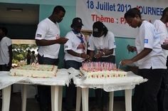 Mandela birthday cake and 94 candles by United Nations Information Centres, via Flickr