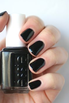 In the week leading up to Halloween, I painted my nails jet black in Essie's Licorice . I love a good dark nail, so I was really i...