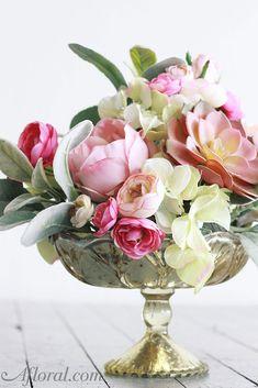 Vintage gold mercury flower vase - pedestal stand in gold