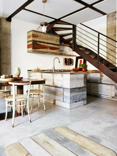 Méchant Design: kitchen with recycled materials
