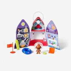 Harvey's Spaceship by Sago Mini.  Explore Harvey's ship's different modules and open the hatch for more adventure.  Take a spin in the UFO or surf comet tails on the overboard.  When you're done, pack everything up inside so you can play anywhere in the universe! Ages 3+