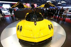 10 Most Exciting Cars in the World Best City Car, V12 Engine, Pagani Huayra, Car In The World, Twin Turbo, Mercedes Amg, Car Ins, Vehicles, Detail