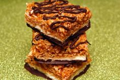 Hugs & CookiesXOXO: HOMEMADE SAMOA BARS THAT WILL ROCK YOUR WORLD!