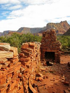 Miners Mess Hall - interior looking east - Horseshoe Mesa - Grand Canyon by Al_HikesAZ, via Flickr