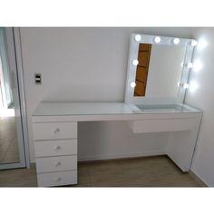 Diy Bedroom Decor For Teens, Room Ideas Bedroom, Small Room Bedroom, Rangement Makeup, Pinterest Room Decor, Study Room Decor, Makeup Room Decor, Girl Bedroom Designs, Aesthetic Room Decor
