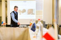 Personal meeting butler service   If you rent a #meeting_room at Hotel Navarra Bruges, you will receive a warm and very personal welcome from our meeting butler. Our meeting expert will be dedicated to you to manage your meeting in person from beginning to end.   www.hotelnavarra.com/meetingrooms.html