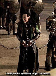 Avengers Actors, Loki Avengers, Loki Thor, Loki Laufeyson, Marvel Funny, Marvel Avengers, Thomas William Hiddleston, Tom Hiddleston Loki, Loki God Of Mischief