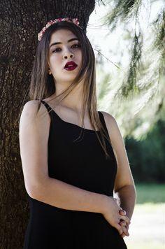 Delfina por Agus Bobadilla - #fashion #photography #nature #portrait #inspiration  #sun #sunlight #photo #photographer  #green #girl #beauty #model #fashionphotography #editorial #blond #big #lips