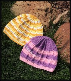 Reflective Front Post Beanie Crochet Pattern By Sara Sach of Posh Pooch Designs We have just re-tested, re-edited, and updated This. Crochet Round, Knit Or Crochet, Learn To Crochet, Free Crochet, Crochet Hats, Dog Clothes Patterns, Crochet Projects, Crochet Tutorials, Crochet Ideas