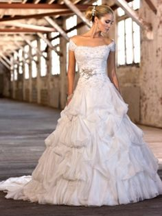 Organza & Lace A-line Off The Shoulder Neckline Wedding Dress