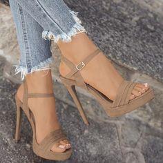 d0d6dd66477b 2018 Women New Summer Fashion Casual Peep Toe Sandals Sexy High Heel Sandals  Elegant Thick Botton Sandals