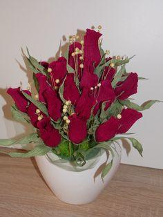 Buchet cu trandafiri Crown, Jewelry, Corona, Jewlery, Jewerly, Schmuck, Jewels, Jewelery, Crowns