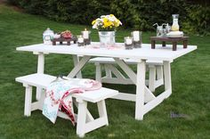 White picnic table. Plans from Ana White. Would love to make this.