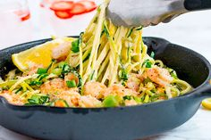Pasta with zucchini with shrimp