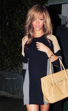 Bag And Sweater Dress Rihanna. RiRi #Rihanna, #Riri, #pinsland, https://apps.facebook.com/yangutu