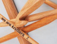 Por qué tejer con agujas de madera
