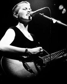 Dolores O'riordan, Cranberries, Bullshit, Rock Bands, Concert, Metal, Photos, Instagram, Musica