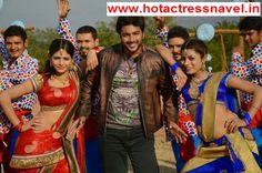 Indian Actress Kareena, Uncategorized Hot Navel, Cleavage, Bareback pics in sari (saree). Click to see more Bollywood, Tamil, Malayalam, Hindi, Telugu Actress Hot Pics