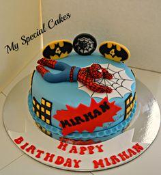 Spiderman Cake Ideas for Little Super Heroes - Novelty Birthday Cakes Superhero Theme Party, Superhero Birthday Cake, Novelty Birthday Cakes, Novelty Cakes, Spiderman Cake Topper, Batman Cakes, Slab Cake, Cakes For Men